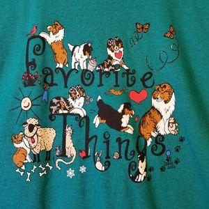 "NWOT   Gildan   Animals ""Favorite Things"" tshirt"